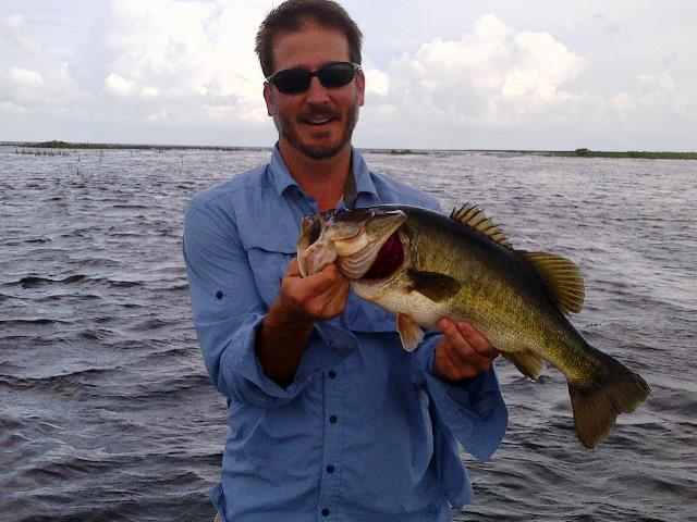 David 082713 lake okeechobee bass fishing guides for Lake okeechobee fishing guides
