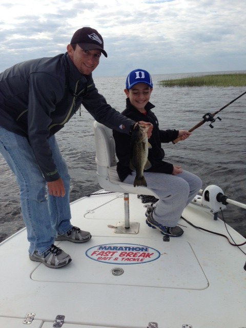 Fishing lake okeechobee lake okeechobee bass fishing guides for Lake okeechobee fishing guides