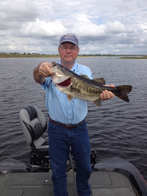 Gene011913 lake okeechobee bass fishing guides for Lake okeechobee fishing guides