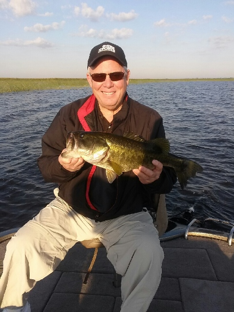 Lake okeechobee fishing lake okeechobee bass fishing guides for Lake okeechobee fishing guides